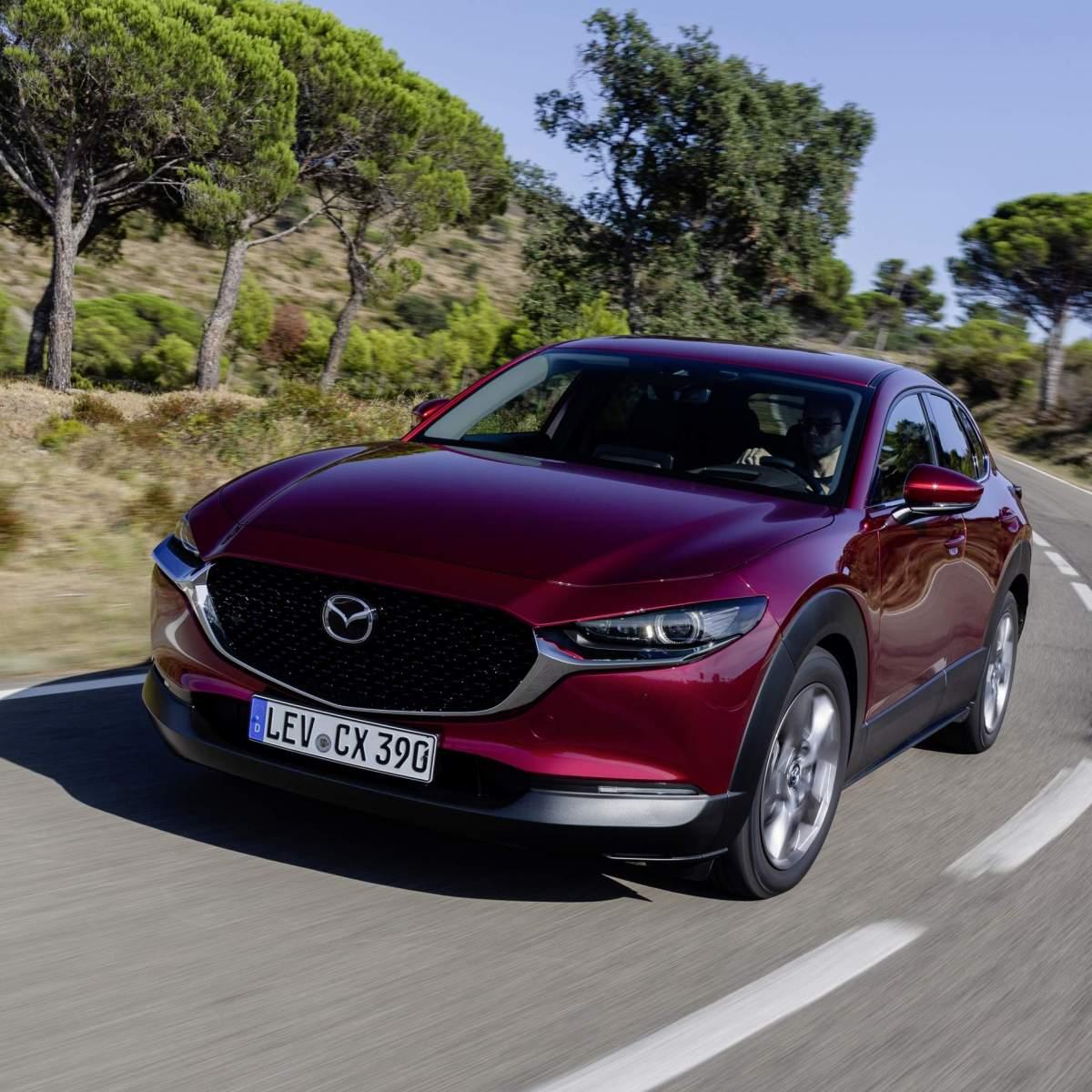 Mazda_CX-30_Girona2019_Action_08